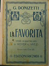 The cover of a souvenir libretto from the opera La favorita, featuring age-related spots and browning. The names of the composer and librettists, the title of the opera, and the price of the libretto (25 Chilean centavos).