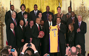 The President welcomes the Los Angeles Lakers ...