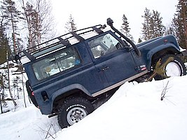 Land rover defender 90 1999.jpg