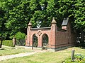 Lassahn Friedhof 2008-06-02 026.jpg