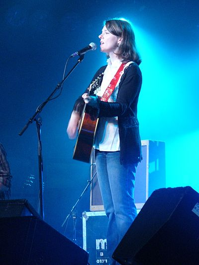 Picture of a band or musician: Laura Cantrell