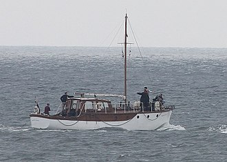 Dunkirk (2017 film) - Moonstone during filming with Nolan, Rylance, Glynn-Carney and Keoghan on board.