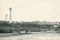 Le Touquet-Paris-plage - CP - Le tramway devant les deux phares.jpg
