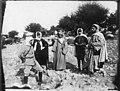 Le caïd Anflous (au centre) et à sa gauche le lieutenant Chamand, tué à Dar-el-Cadi - Mogador - Médiathèque de l'architecture et du patrimoine - AP62T044305.jpg