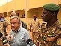 Le général malien Didier Dacko et António Guterres.jpg
