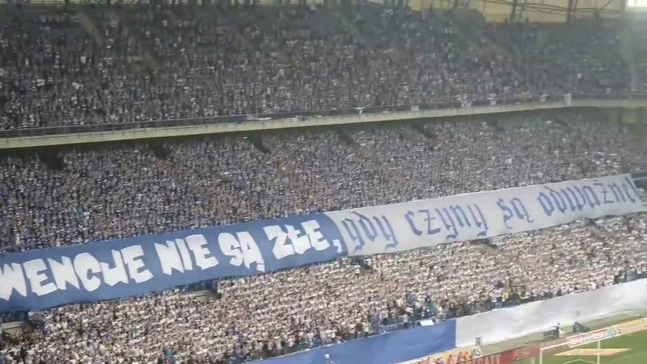 Lech Poznań Wikipedia: File:Lech Poznań INEA Stadion 2015.webm