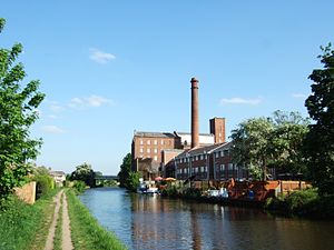 Leeds and Liverpool Canal - Ainscoughs mill in Burscough