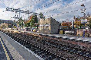 Lenzie railway station - Image: Lenzie railway station 2016
