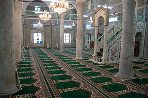 Gurgi Mosque - The mosque interior