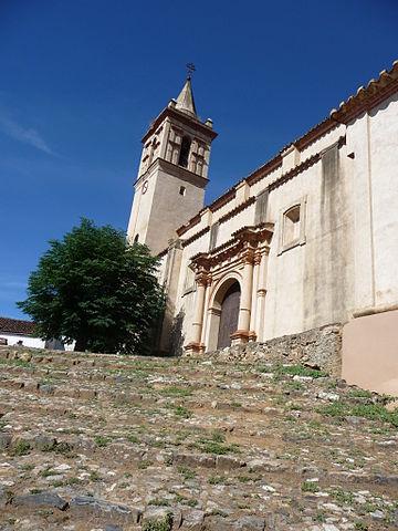 Iglesia de San Juan Bautista, en Linares de la Sierra, Huelva