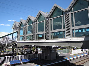 Lindfield railway station - Station concourse in October 2009