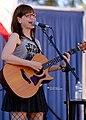 Lisa Loeb 10-31-2015 -11 (22662582785).jpg