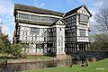 Little Moreton Hall - panoramio.jpg