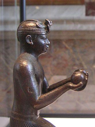 Pharaohs in the Bible - Taharqa offering to Falcon-god Hemen (close-up)