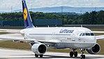 Lufthansa Airbus A320-200 (D-AIUO) at Frankfurt Airport.jpg
