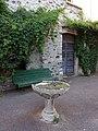 Lussas - Vasque en pierre.jpg