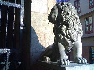 León (sculpture)