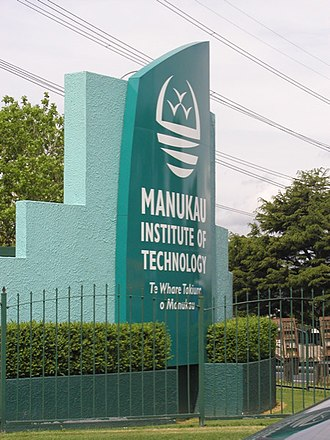 Manukau Institute of Technology - Image: MIT Sign