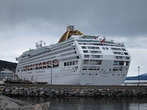 MV Oceana in Molde.JPG