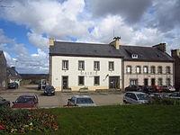 Mairie de Plouguin, Finistère.JPG