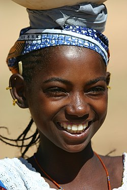 Mariem the Peul girl in Dogon country by Ferdinand Reus.jpg