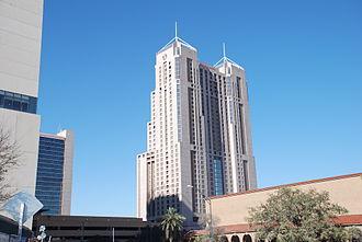 Marriott Rivercenter - Marriott Rivercenter, 2nd tallest building in San Antonio (Tower of the Americas is taller)