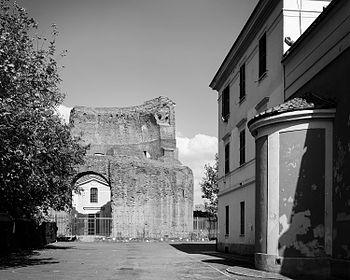 Mausoleo s elena03.jpg