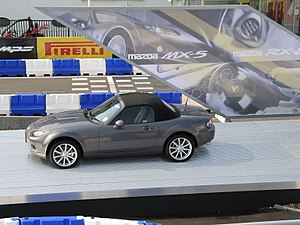 Mazda MX5 Miata at British International Motor Show 2006.jpg