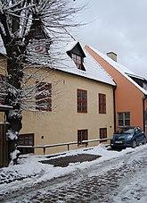Fil:Mellangatan 7 Kilen 2 Visby Gotland.jpg