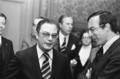 Melo Antunes en staatssecretaris van Buitenlandse Zaken Brinkhorst (rechts) 1975-05-21.png