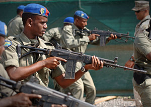 IMI Galil - Djiboutian National Police officers training with the 7.62mm Galil AR.
