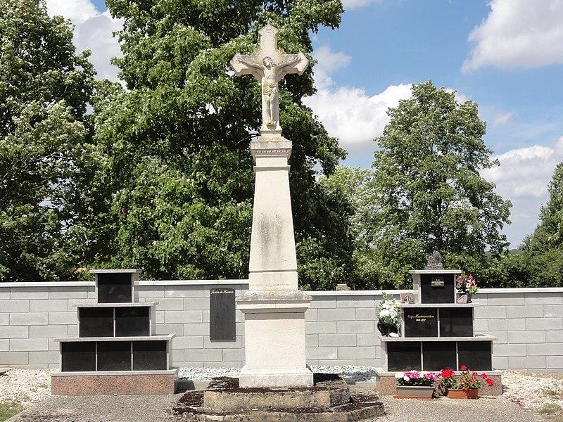 File:Merles-sur-Loison (Meuse) croix de cimetière.JPG
