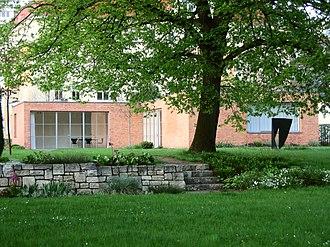 Lemke House - Image: Mies van der rohe haus berlin weissensee