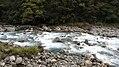 Milford Sound Hwy, South Island (483012) (9482230423).jpg