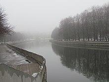 Fluss Svislač im Herbst.