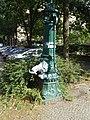 Moabit Waldstraße Historische Wasserpumpe-001.jpg