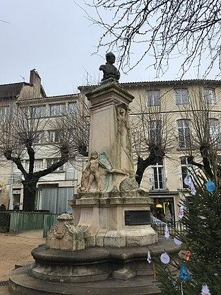 monument à Joseph de Lalande