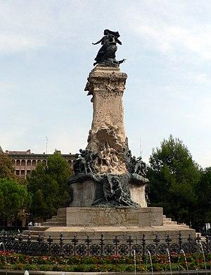 Hispano-French Exposition of 1908 - Santiago Querol's Monumento a los Sitios reflects Art Nouveau style