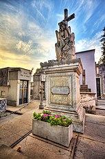 15 - Monumento sepulcro Lola Mora