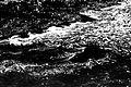 Movimentação da água e espuma de um dos rios do Parque Estadual do Ibitipoca.jpg