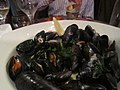 Mussels at Oscar's, Galway (6047434519).jpg