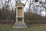 Gravestone / tombstone