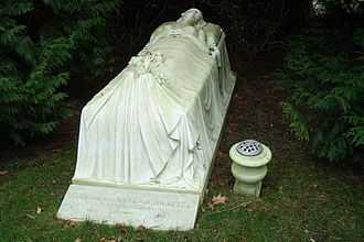 Thérèse Schwartze - Grave of Thérèse by Georgine, today a rijksmonument