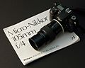 Nikon D40 (16270122608).jpg
