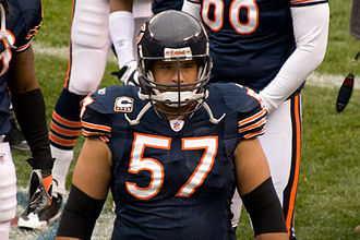 Olin Kreutz - Kreutz getting ready before a game in 2008.
