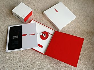 OnePlus - OnePlus One unboxing