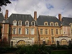 Orléans - 2-8 rue d'Escures (04).jpg