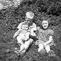 Otroci Prezelj Franca, Ravne 1954.jpg