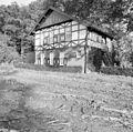 Overzicht achtergevel en linker zijgevel, dienstgebouw met stal, koetshuis en koetsierswoning - De Lutte - 20351539 - RCE.jpg