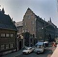 Overzicht van de koetspoort en de voorgevel aan de Tongersestraat - Maastricht - 20382999 - RCE.jpg